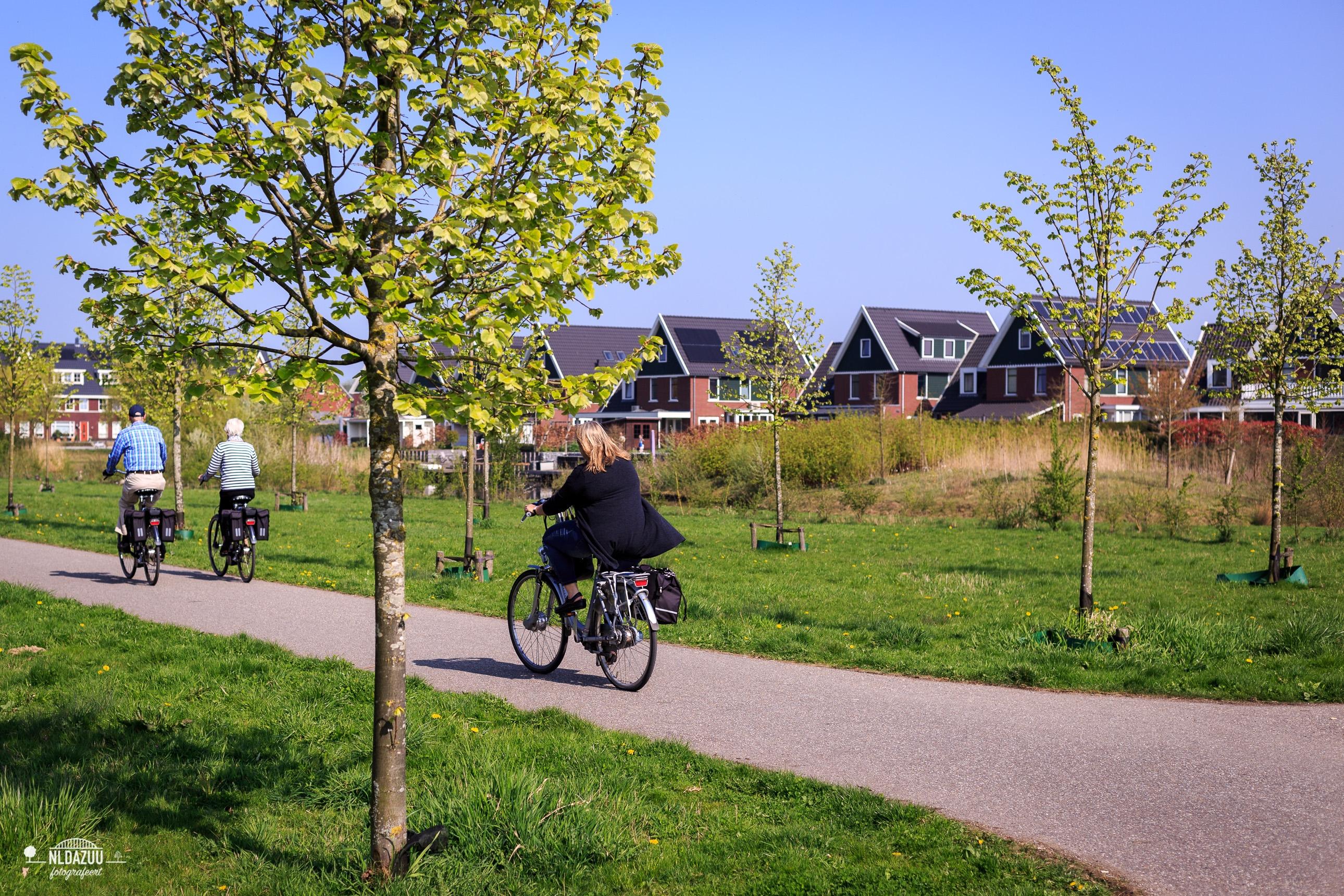 Dag 38 nldazuu 50 mm. challenge: Buiten op de fiets