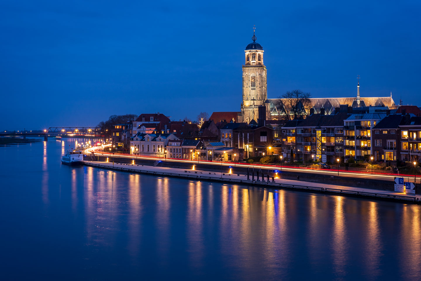 Blue hour Deventer