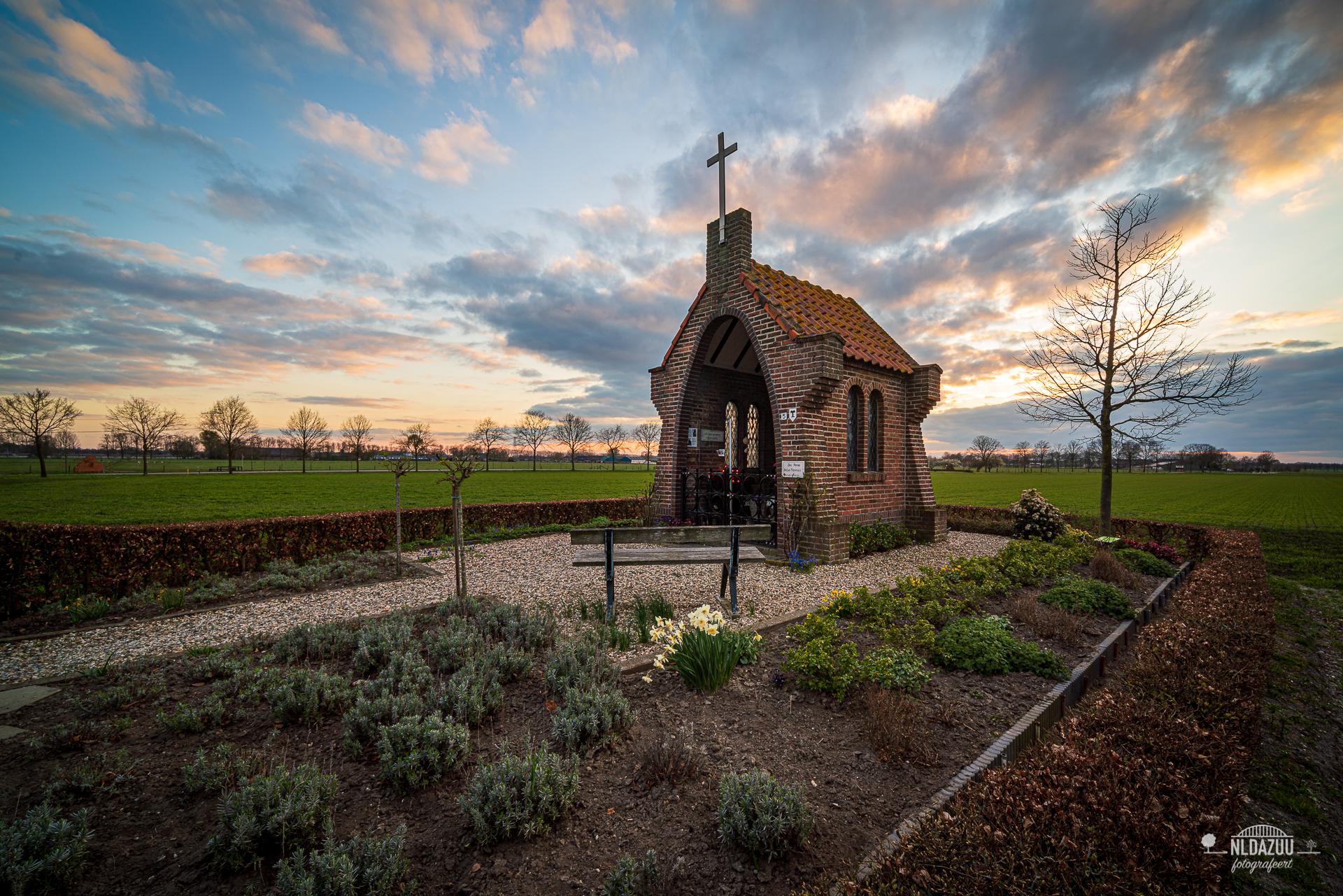 1 April 2020 kapel op de heuvel