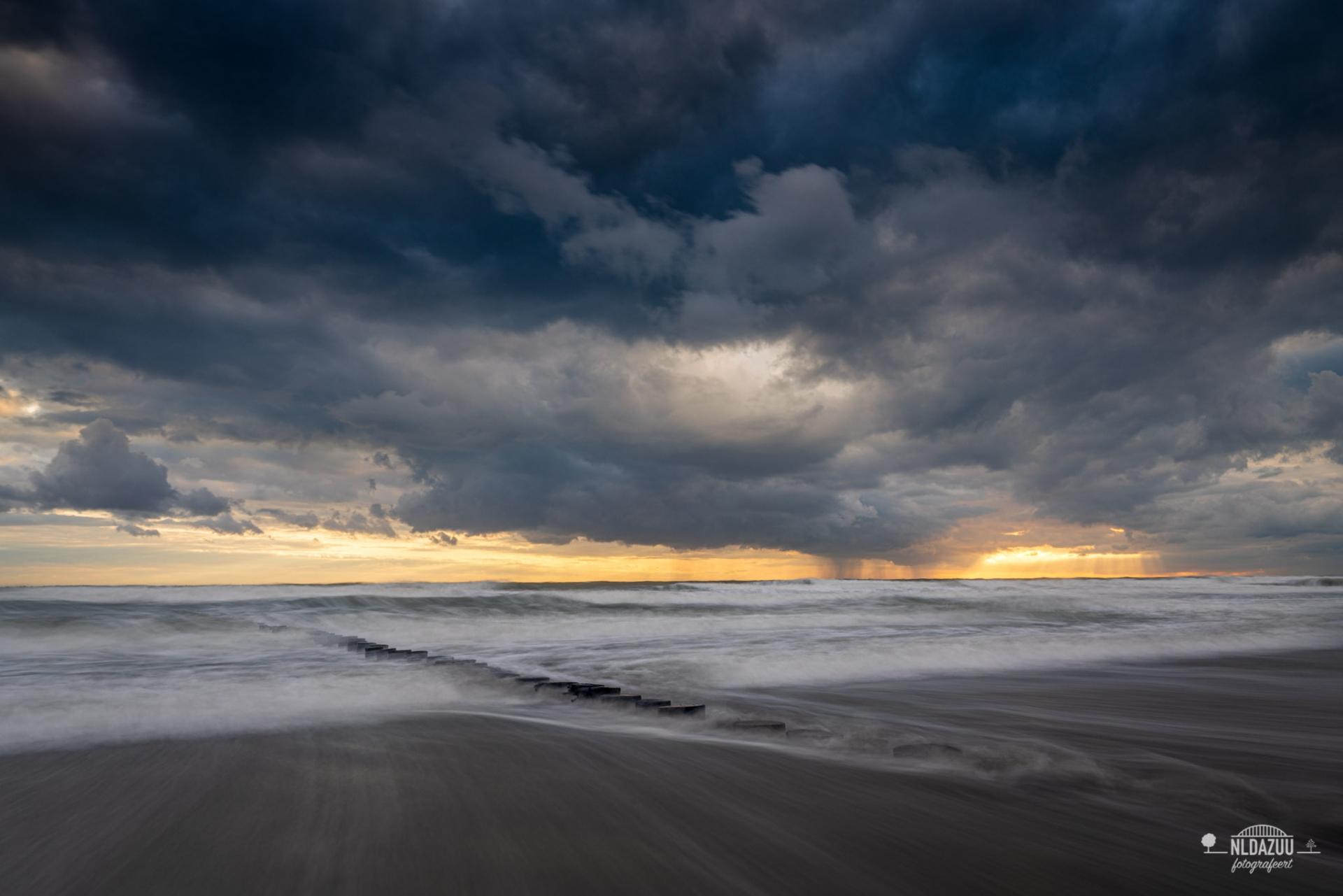 Westenschouwen en storm
